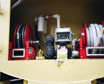 Equipment With Two Reels For Dispensing High And Low Flow Of Diesel No. 2