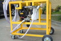 Equipment For Cleaning Vehicle Fuel Tanks By Recirculation