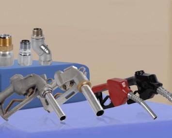 Pistolas y Conexiones Giratorias para Despacho de Combustible