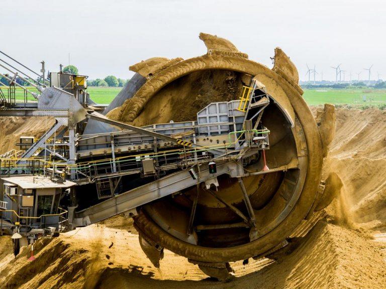 puede-una-caida-precio-del-zinc-traer-la-industria-minera-del-peru